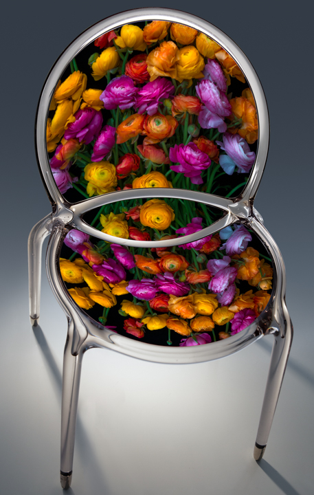 12_ranunculusbouquet2_chair